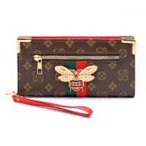 CS036B QUEEN BEE MONOGRAMMED STRIPE CLUTCH WRISTLET WALLET~BROWN/RED