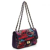 GP738Q MULTI GRAFFITI PRINT QUILTED MEDIUM CLASSIC SHOULDER BAG~BLACK