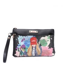 NK21009 NIKKY CASUAL POUCH WRISTLET KIMBERLY FALLS IN LOVE